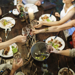 7 Strategies for Successful Outdoor Entertaining