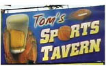 TOM'S SPORTS TAVERN logo