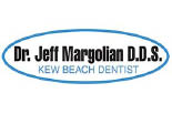 BEACH DENTAL CARE logo