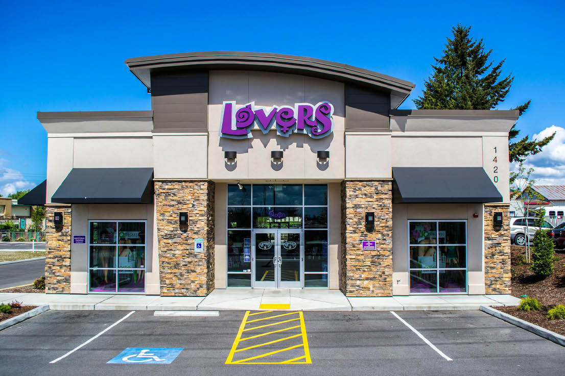 Lovers adult novelty store in Washington provides a comfortable environment to shop for sensual adult pleasure items