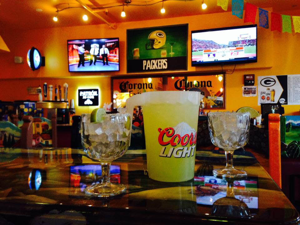 Mexican bar and grill, green bay, authentic Mexican, full bar, margaritas, salsa, guacamole, chips, fresh