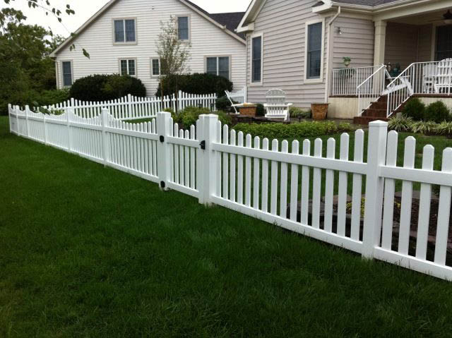 white picket fence; beitzell fence of northern virginia and maryland