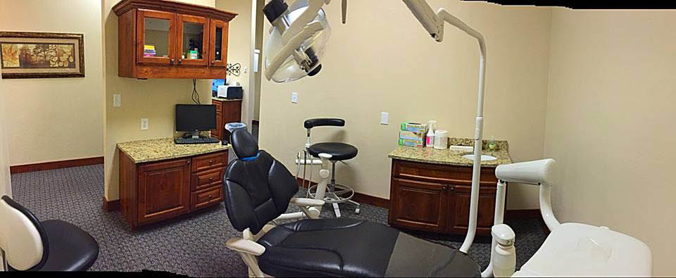 Dental implants, tooth extraction near Church Heights, Mar Vista