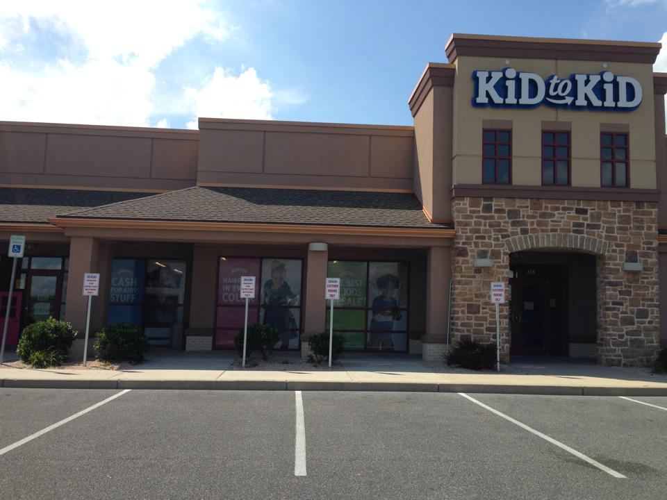 Kid to Kid, Building, Store Front, Clothing Store, Retail, Consignment,