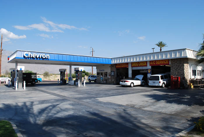 Auto service bays for auto repairs, oil changes, smog checks and other auto servicing at Ramon Chevron Smog and Auto Service; Cathedral City, CA