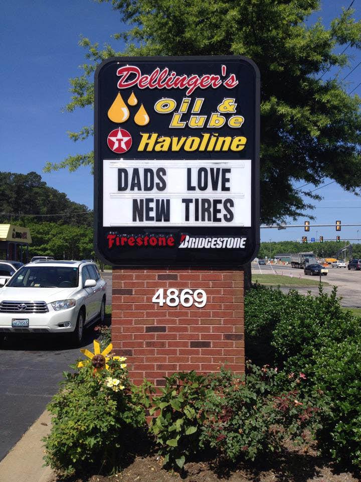 Dellinger's Oil and Lube outdoor sign in Suffolk, VA