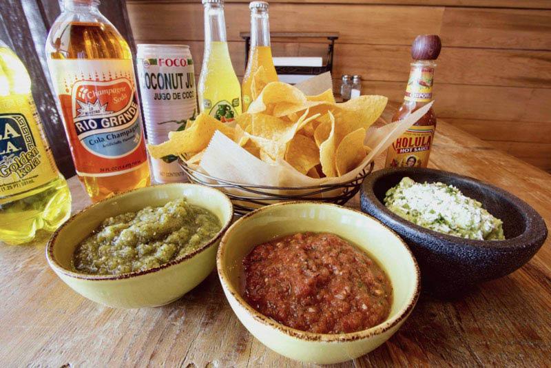chips and salsa at fish taco