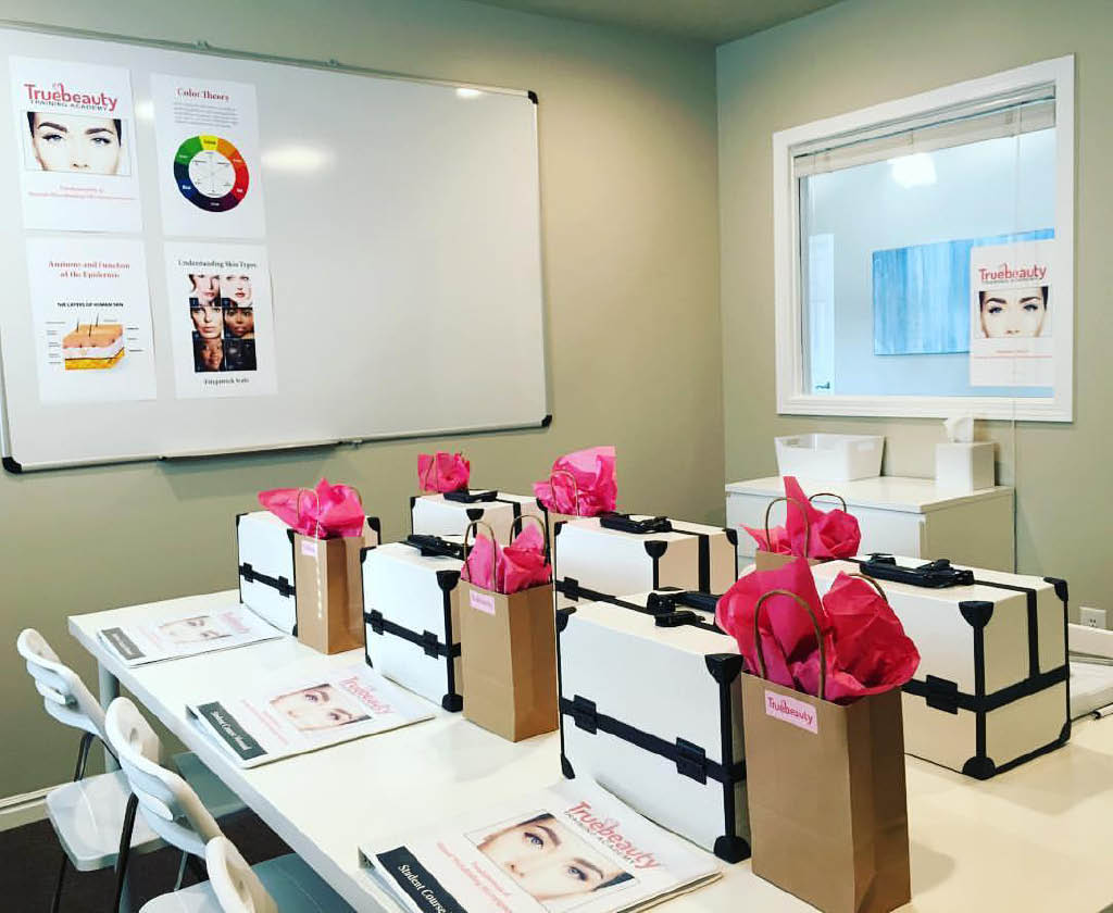 Learn State-of-the-Art techniques in our modern microblading classroom.