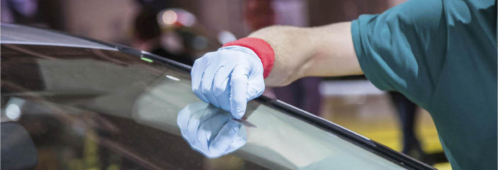window tint auto glass windshield repair toledo cracked shattered chipped resin fill