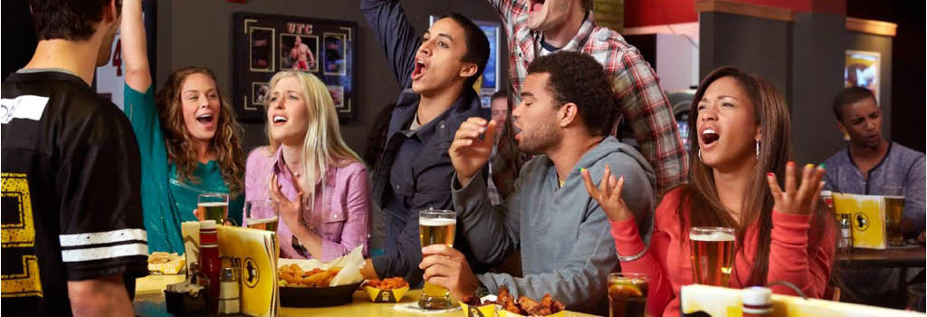buffalo wild wings beer sports bar and grill inexpensive family friendly toledo sylvania maumee