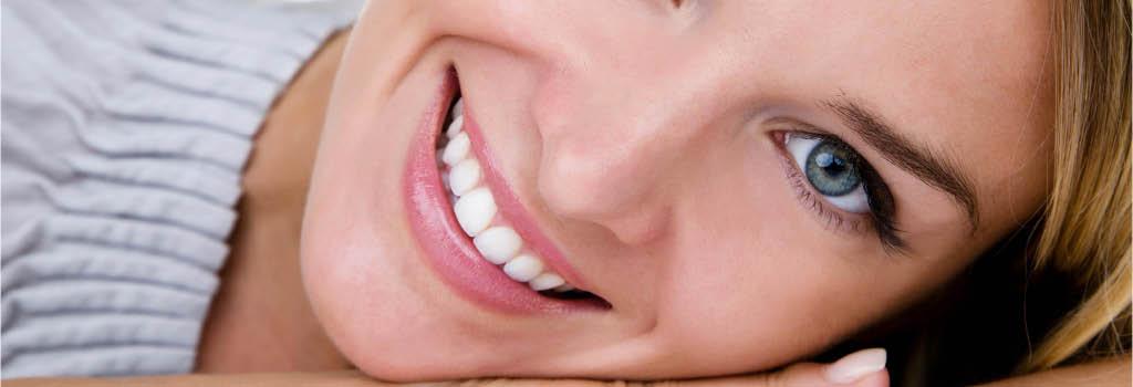 Dentist Toledo Ohio whitening braces dentures cosmetic restoration