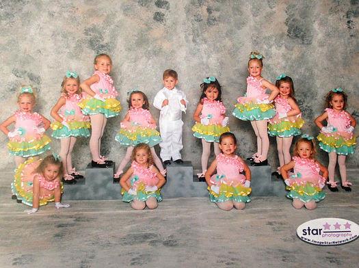 3-4 Year Olds Dancing at Larkin Dance