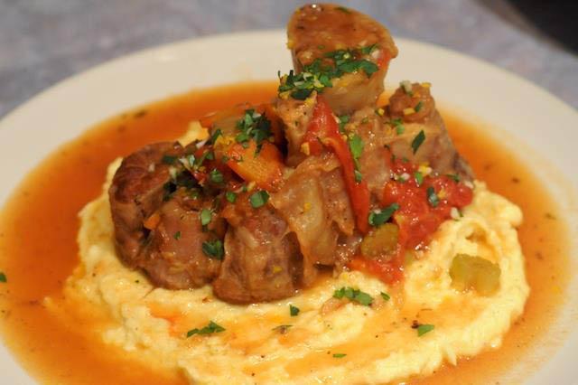 authentic, nouveau Italian recipes, pasta dishes, seafood, lamb, veal, steak, antipasti