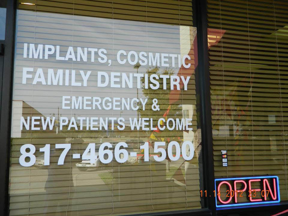 store front at dentistry implants & orthodontics in arlington, tx