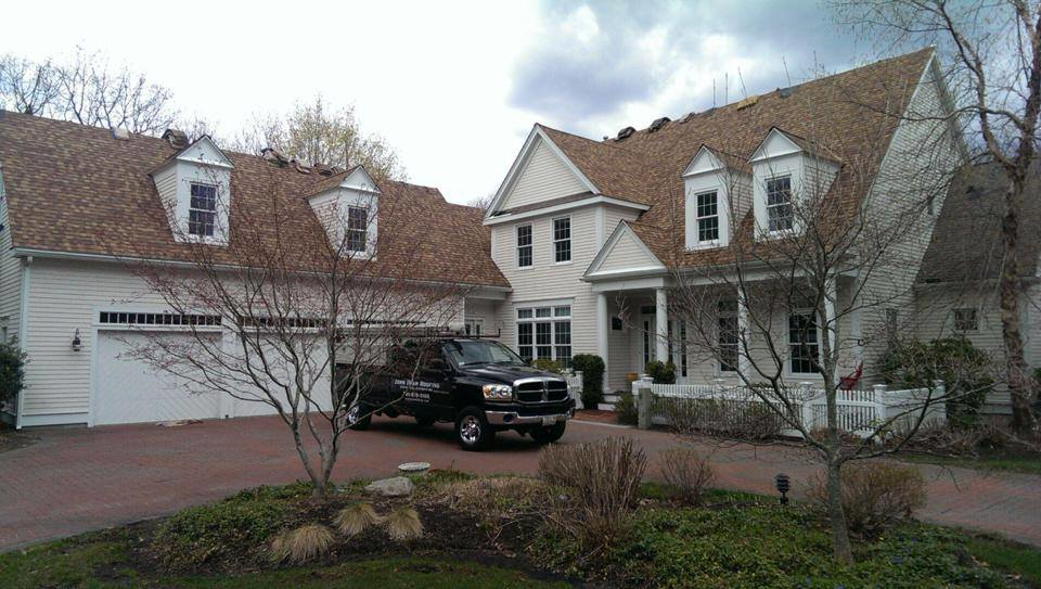 Experts in all types of roofs and roofing material  including asphalt shingles roof.
