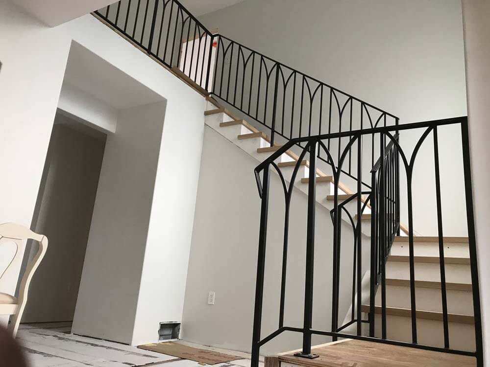 A&R Iron Works,Iron rails,railings,balcony,railing repair,rail installation,