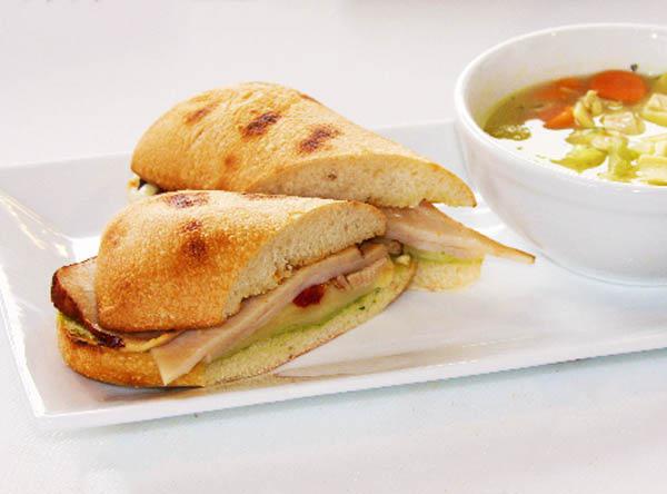 coffee,bagels,sandwich,breakfast,discount,deal,ambler food,coffee near me,food near me,