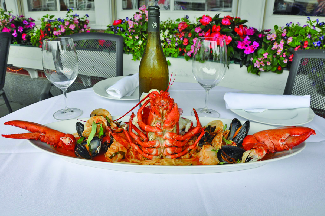 A great seafood selection of lobster, clams, mussels, shrimp or scallops or a traditional Italian dinner, chops or a steak. Come in, let us make your night!