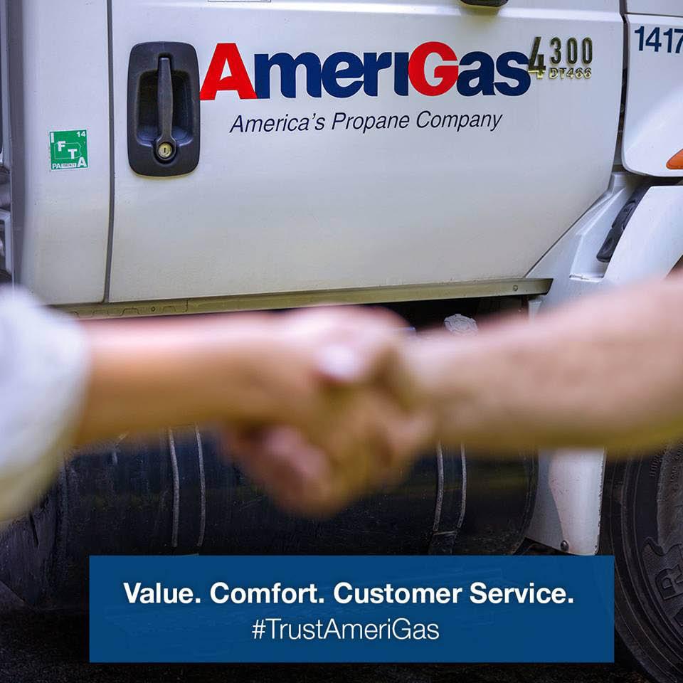 Gas Truck, Gas Tank, Propane, Propane Truck, Energy, Gas Powered, AmeriGas, Handshake, Customer Service