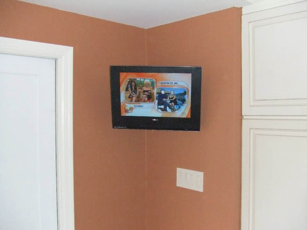 Kitchen Wall Mount TV installed by Amp'd Up Electrical Contracting in Vernon NJ