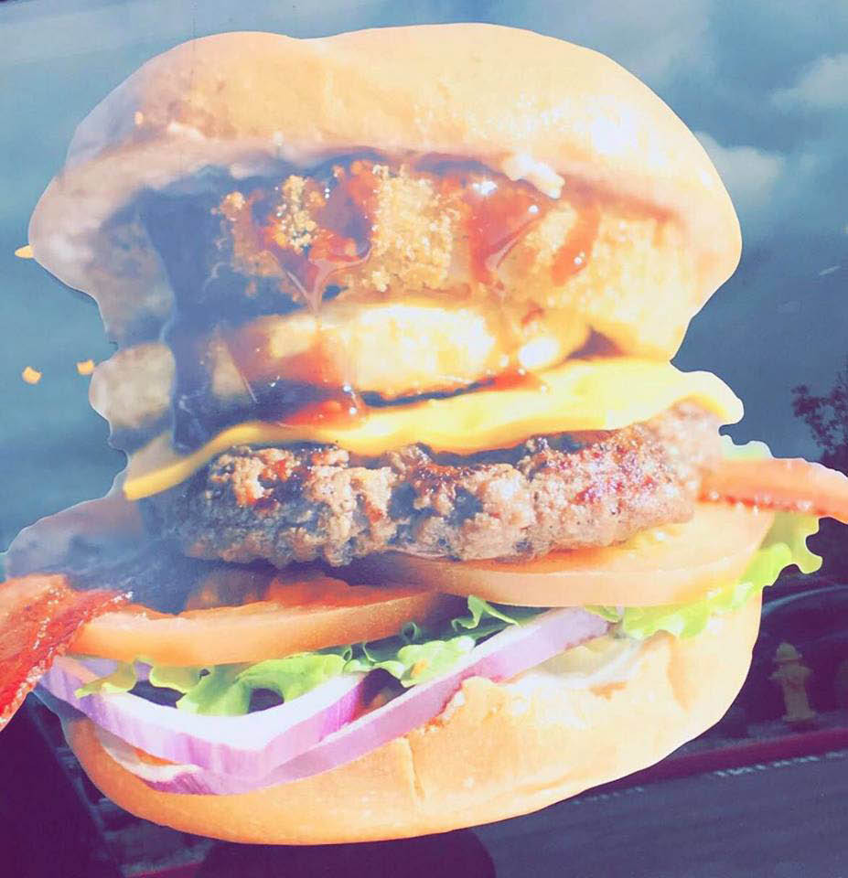 The Best Burgers in Snohomish, WA are at Angus Burger! - burgers near me - dining near me - restaurants near me