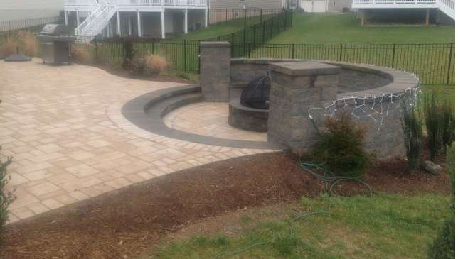 Deck, Patio, Fencing contractors located in Northern Virginia Metro Area.