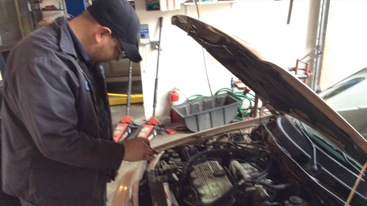 Trust the professional auto technicians at University Place Tire & Auto to give you great service you can trust - auto repair near me - garages near me - auto shops near me - mechanics near me