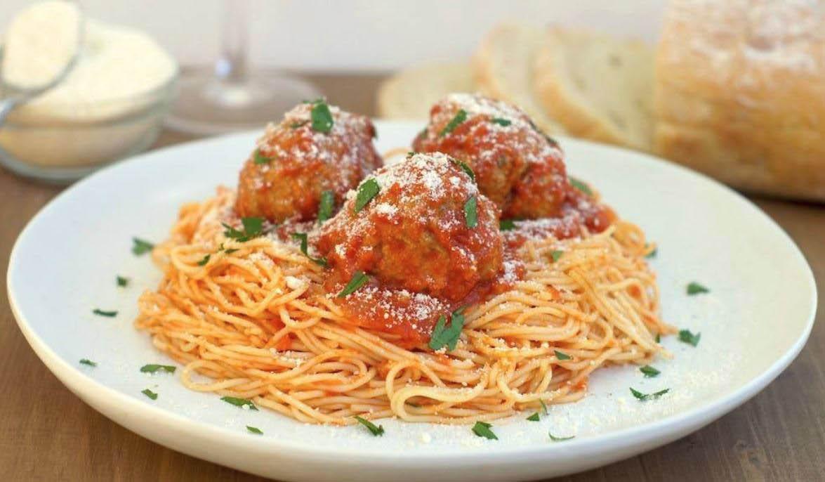Pasta, spaghetti, meatballs, pizza