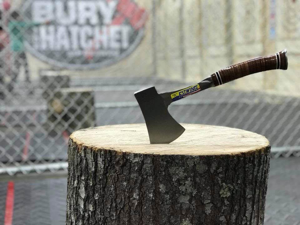 axe throwing league bury the hatchet kansas city overland park KS