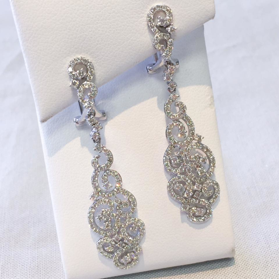 diamond earrings; jewelry gifts