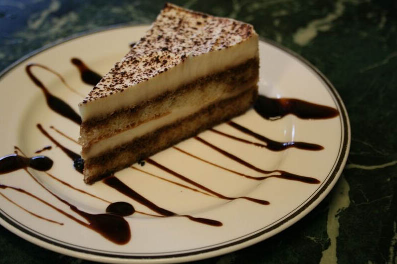 Greek restaurant - Kirkland, WA - Monroe, WA - Bella Balducci's Mediterranean Cuisine - delicious desserts