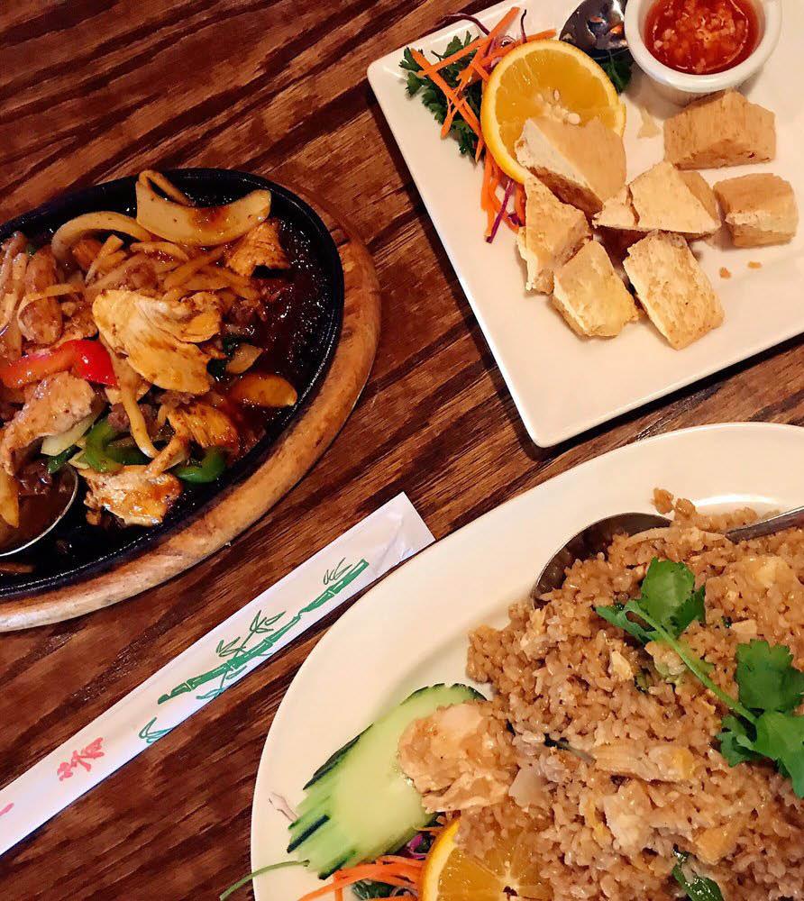 Huge selection of delicious Thai food at Benjarong Thai Restaurant in Monroe, WA - Thai restaurants near me - Thai food near me - dining near me - Thai food coupons