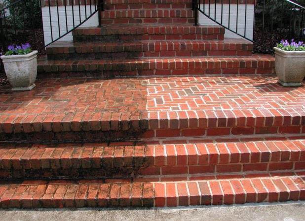 Powerwash Cleaning in Northern Virginia and Central Maryland
