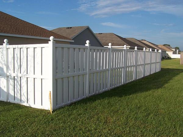 Vinyl fencing in Kapolei