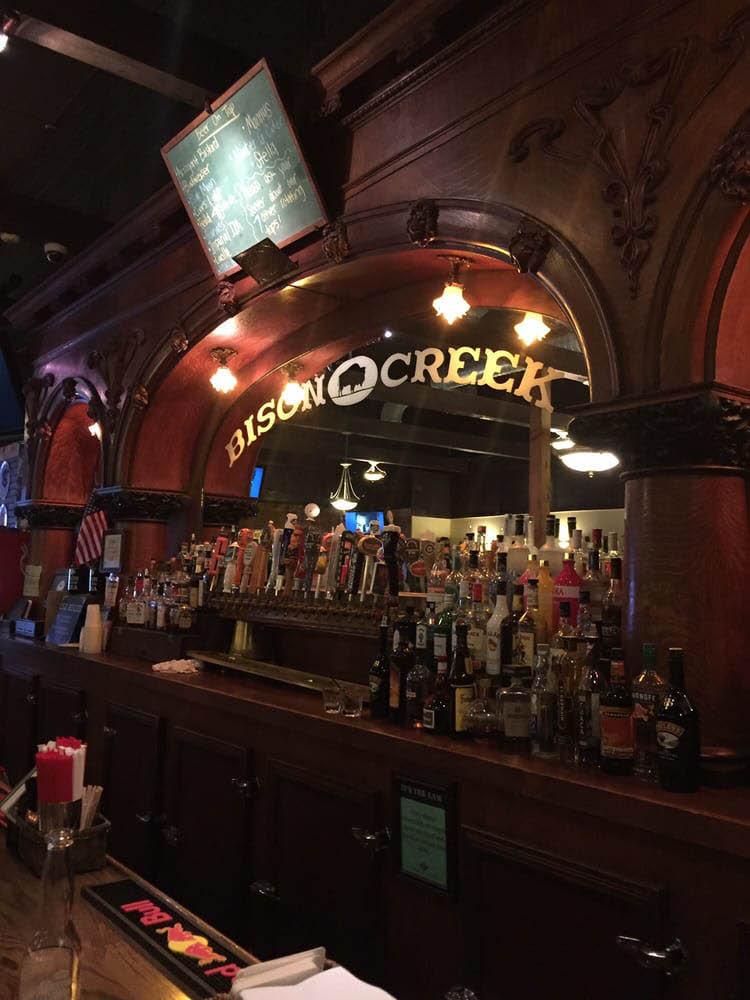 Bison Creek Pizza & Pub full bar - Burien, WA - Burien restaurants - Burien pubs - Burien bars - restaurants in Burien