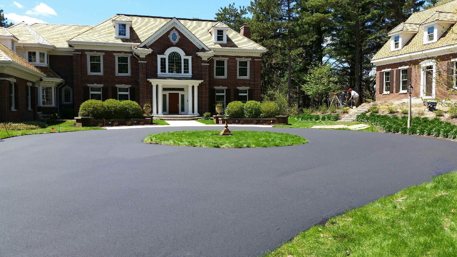 New Asphalt Driveway in Minnesota and Wisconsin