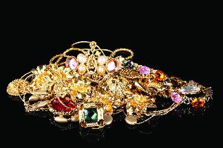 Boonton Shoe Repair will buy your jewelry in Boonton NJ
