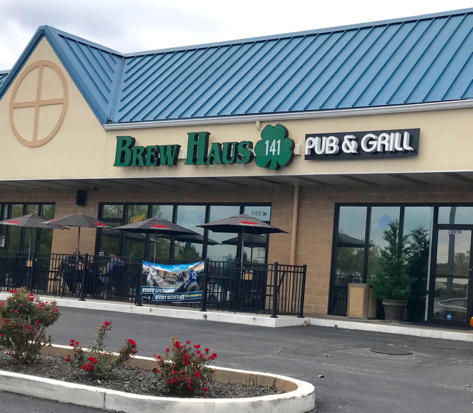 Exterior of Brew Haus 141 in Fenton, MO