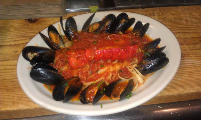 Italian,Lunch,Dinner,Pizza,Steaks,Subs,Wilmington,Delivery,Wilmington DE,DE,Pizza In Wilmington,