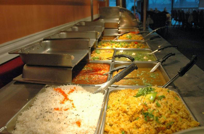 Cafe India buffet offers a variety of Indian food choices