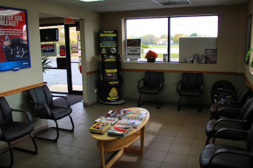 automotive oil change service at Casey Automotive in Elgin, IL