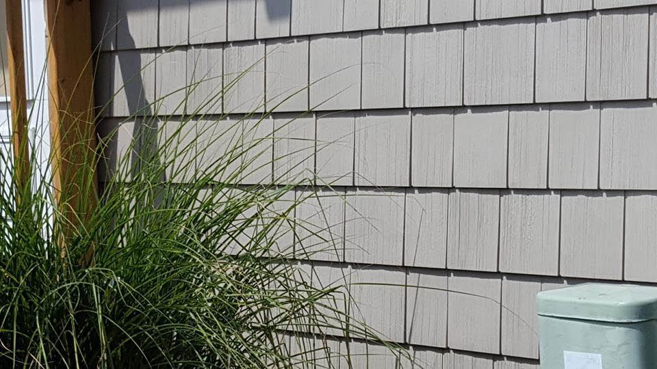 Cedar-Siding-World-Class-Gutters-Roofing-Siding