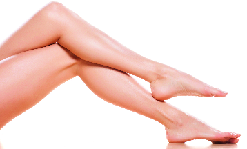 healthy woman's legs crossed; no varicose veins; Central Coast Vein and Vascular in Arroyo Grande
