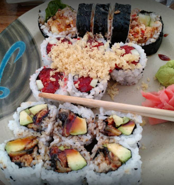 Chiba Japanese Restaurant offers delicious dining, takeout and delivery to Darien, IL.