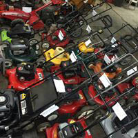many types of lawnmowers available for purchase in Chicago, IL