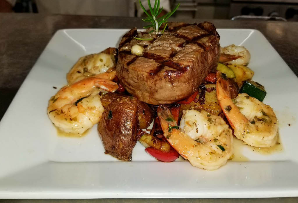 The Cliff House Restaurant & Lounge in Tacoma, Washington offers a wide variety of steaks, seafood, pasta and more - fine dining in Tacoma, WA - Tacoma fine dining coupons near me