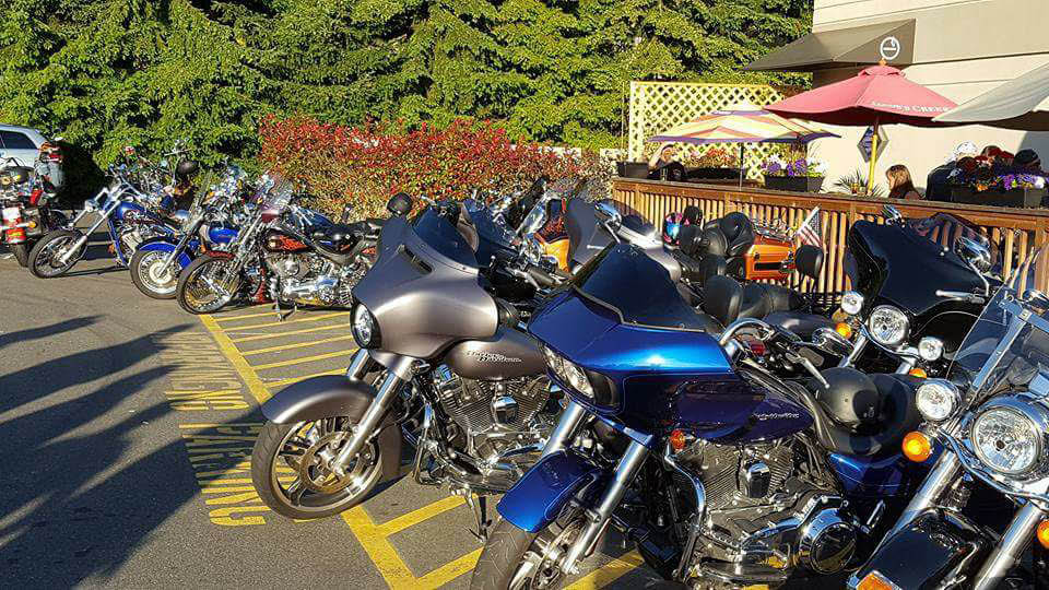 Come out for Bike Night and live music every Thursday at Cliffhanger Sports Bar & Restaurant in Lynnwood, Washington - sports bars near me