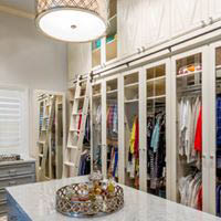Our closets bring more order and beauty to your life. Just as no two problems are alike, neither are the solutions.