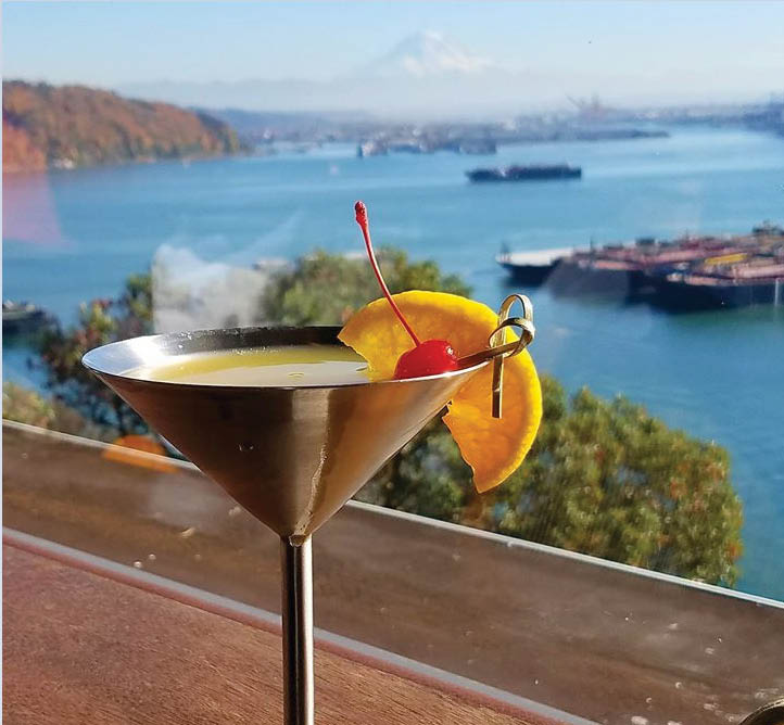 Enjoy a cocktail while taking in the spectacular views at The Cliff House Restaurant & Lounge in Tacoma, WA - Tacoma fine dining coupons near me - Tacoma restaurant coupons near me