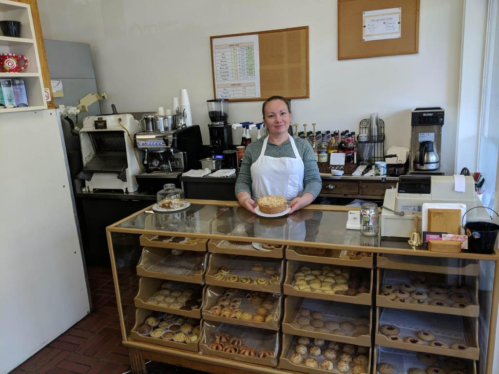 Inside Lina's Bakery in Redmond, WA - espresso - coffee - pastries - fresh breads - desserts - cakes - pies - bakeries near me - bakeries in Redmond - bakery coupons near me